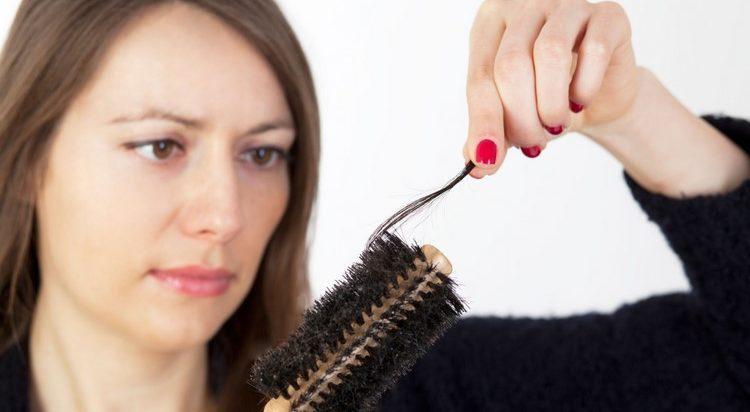 Выпадение волос во время климакса