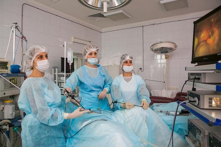 Удаления миомы матки лапароскопическим методом: стоимость, послеоперационный период